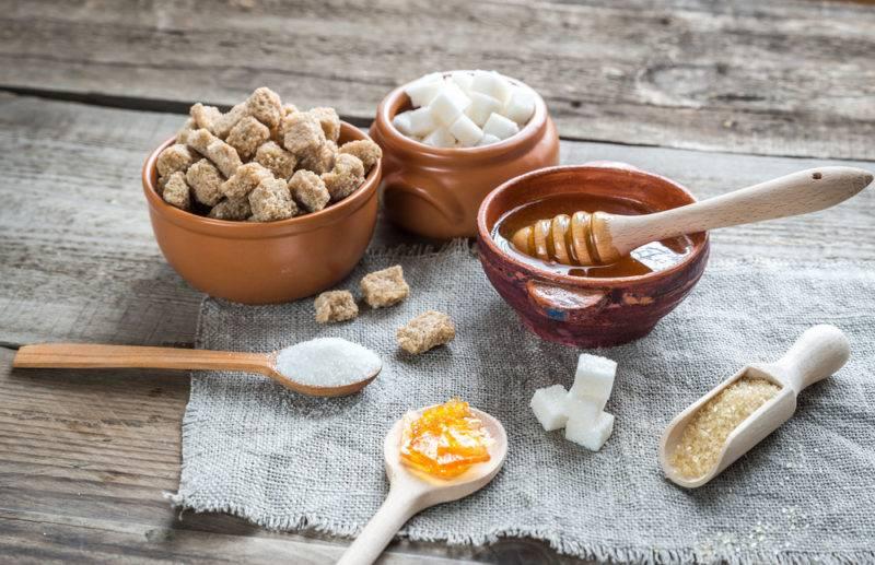 Сахарозаменители: чем заменить сахар и стоит ли это делать?