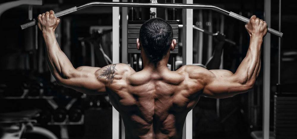 Лучшие упражнения, чтобы быстро накачать широкую спину